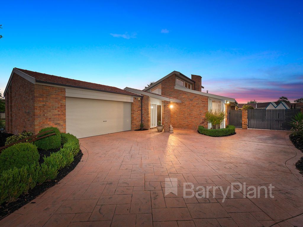 32 Exell  Court, Wantirna South VIC 3152, Image 0
