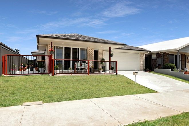 Picture of 124 Bongaree Avenue, BONGAREE QLD 4507