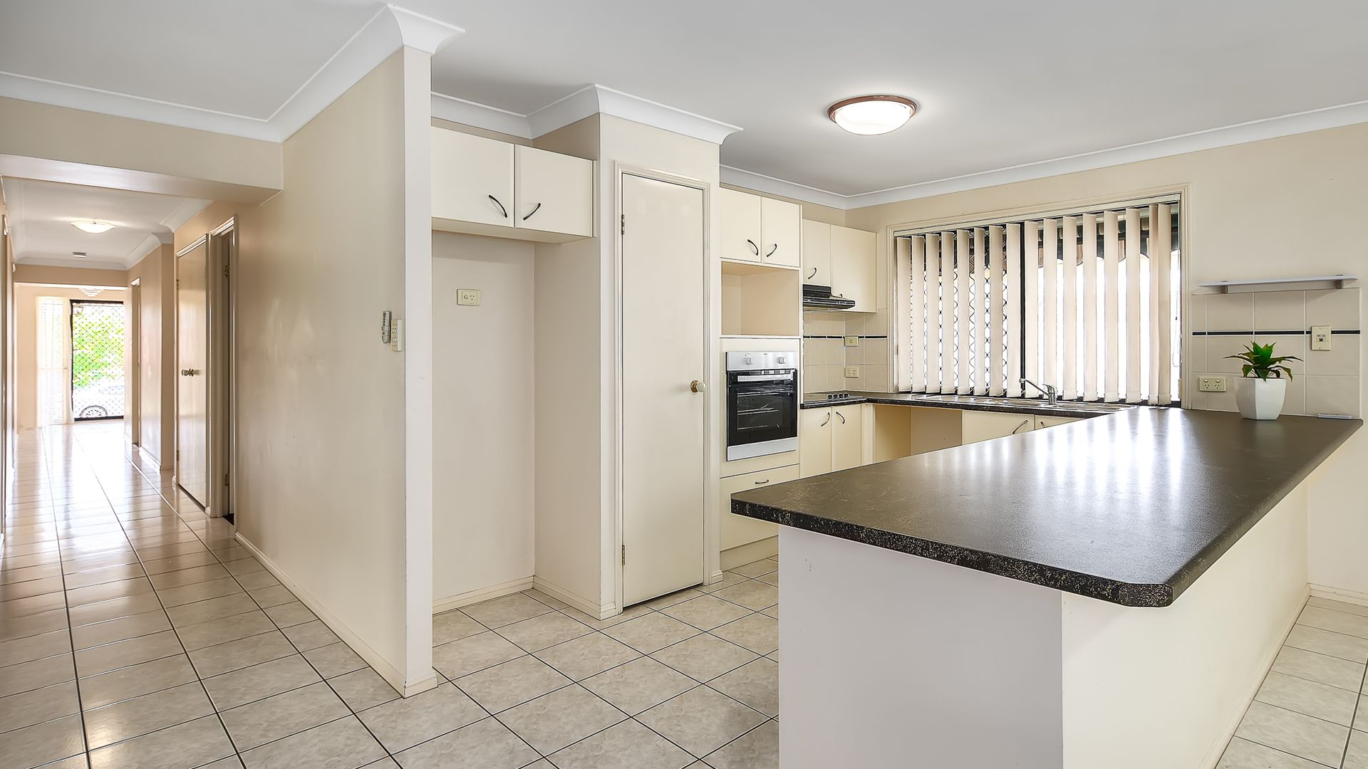 3 Selkirk Close, Oxley QLD 4075, Image 1