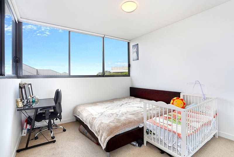 803/135-137 Pacific  Highway, Hornsby NSW 2077, Image 1