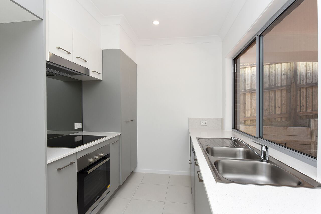 48/20 Crumpton Place, Beerwah QLD 4519, Image 2