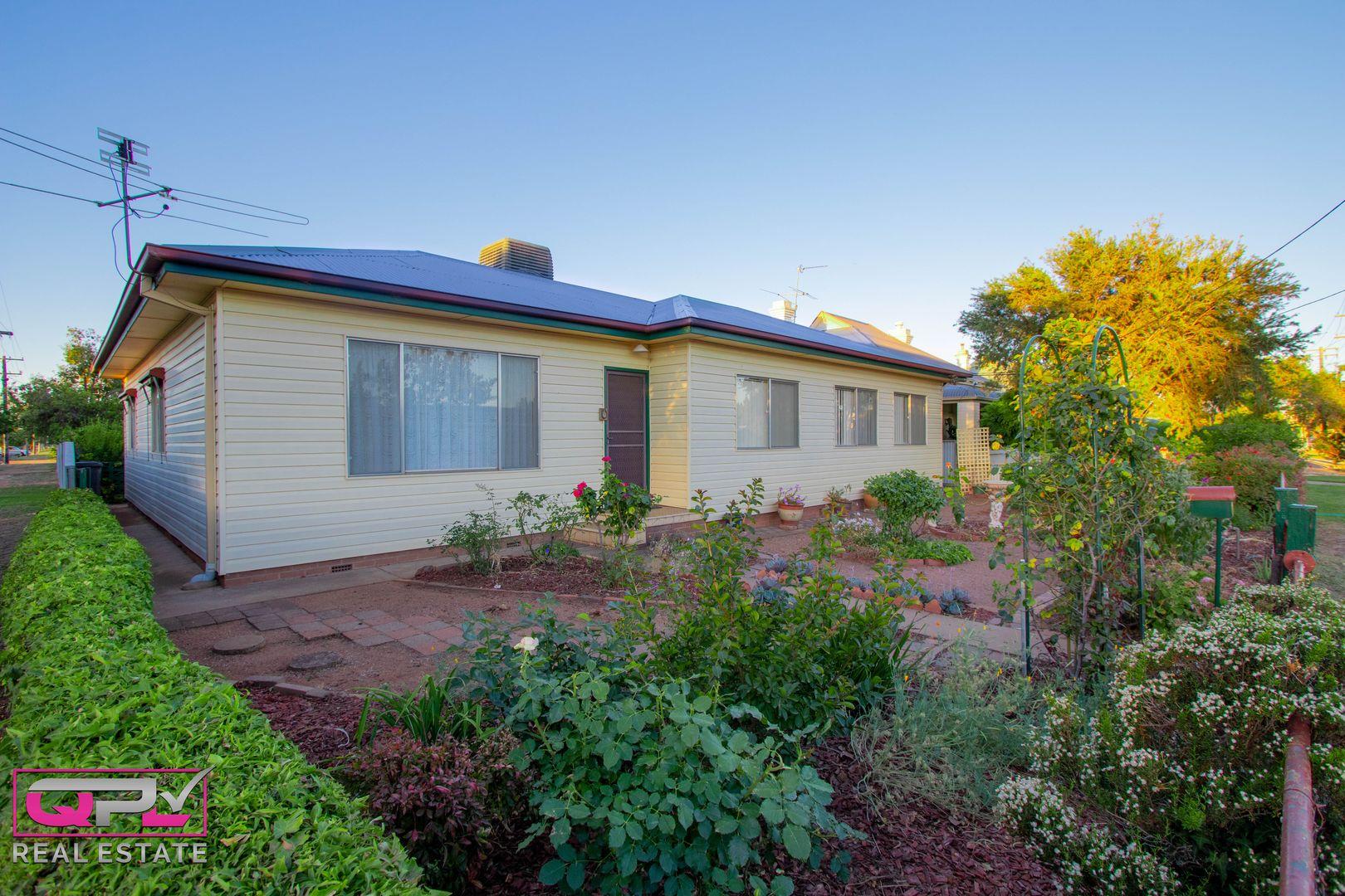 77 Polaris Street, Temora NSW 2666, Image 0