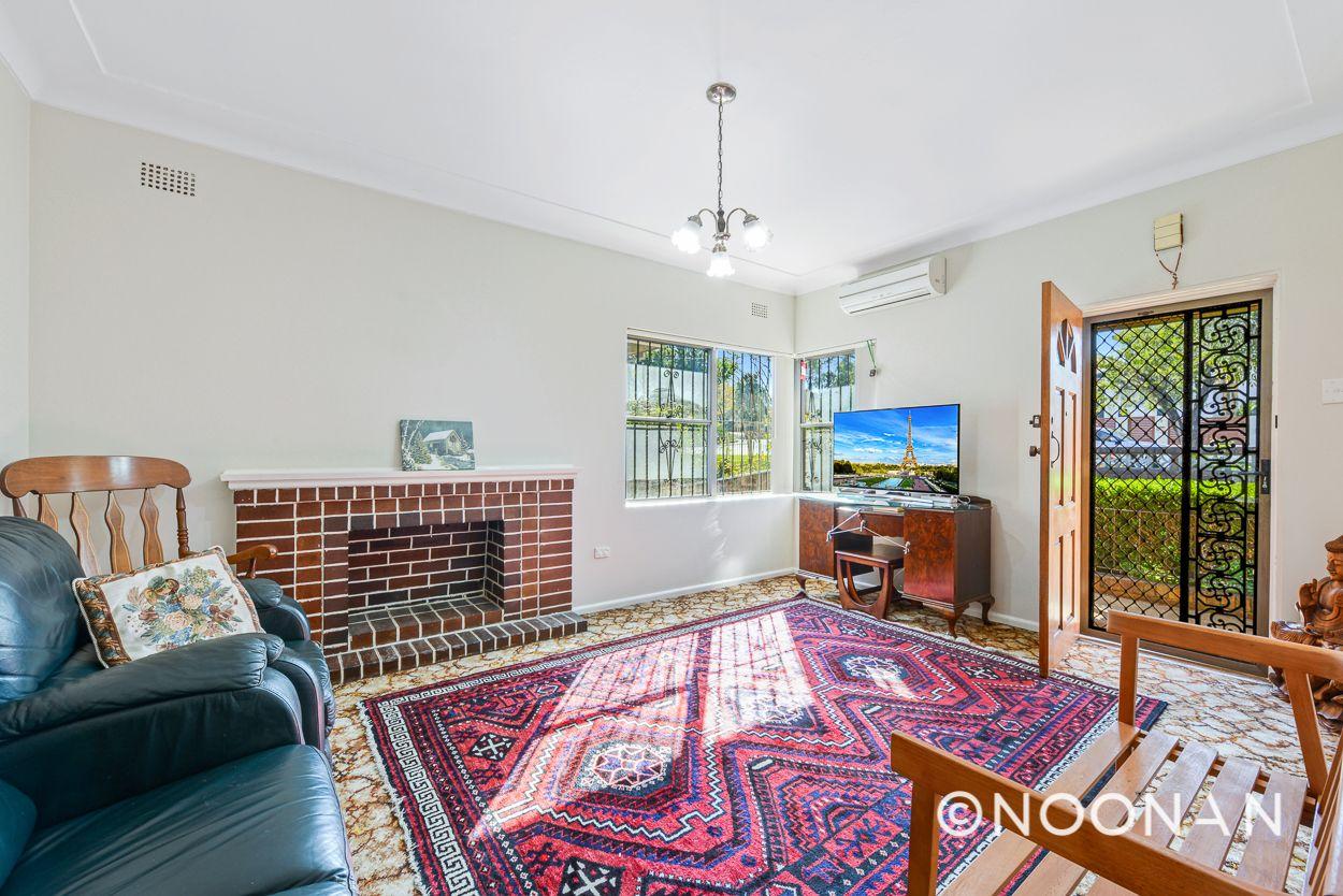 4 Kardella Crescent, Narwee NSW 2209, Image 1