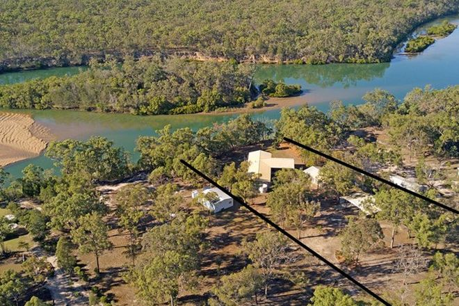 Picture of 252 Pacific Haven Circuit, PACIFIC HAVEN QLD 4659