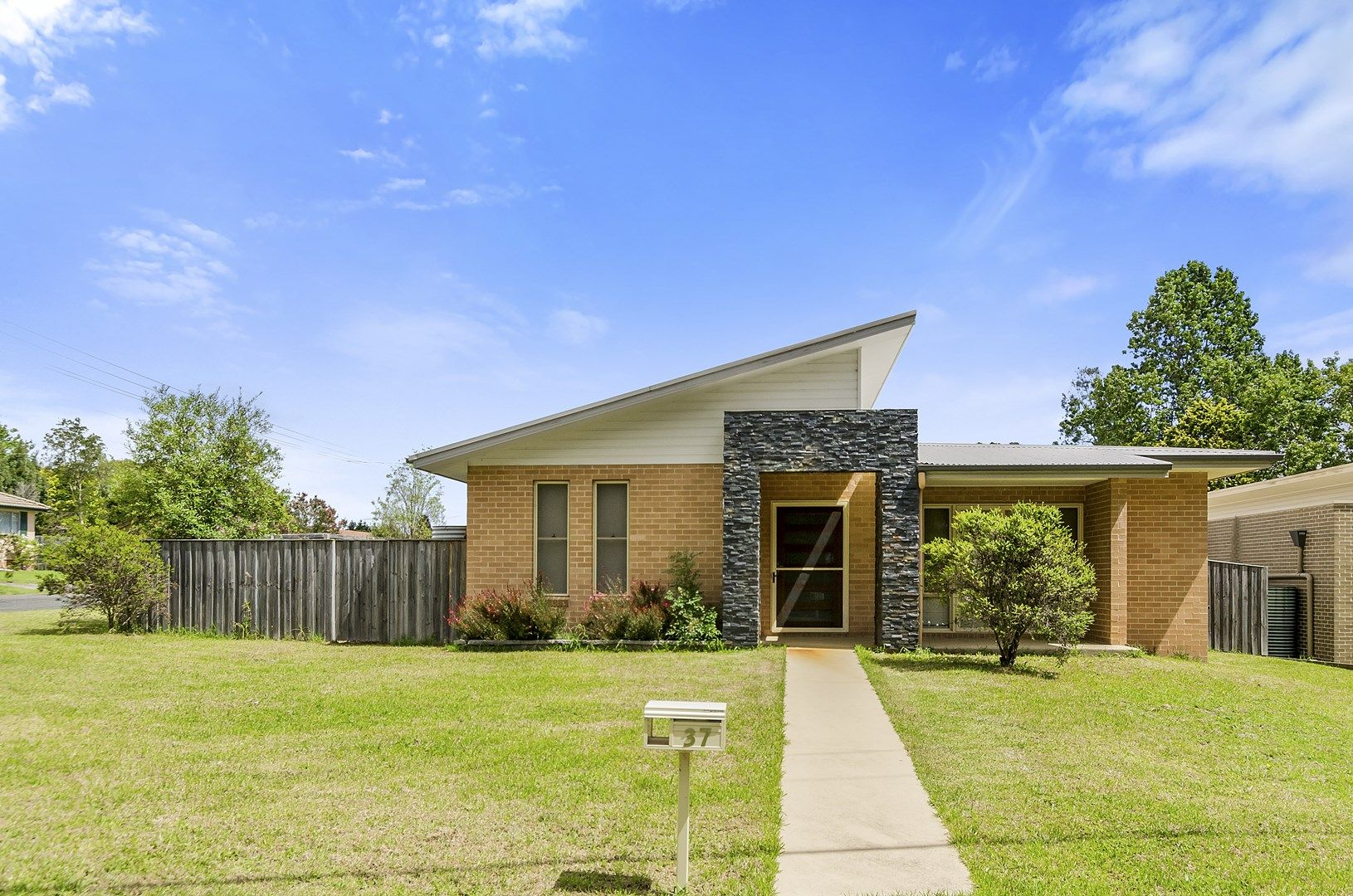 37 West Parade, Hill Top NSW 2575, Image 0