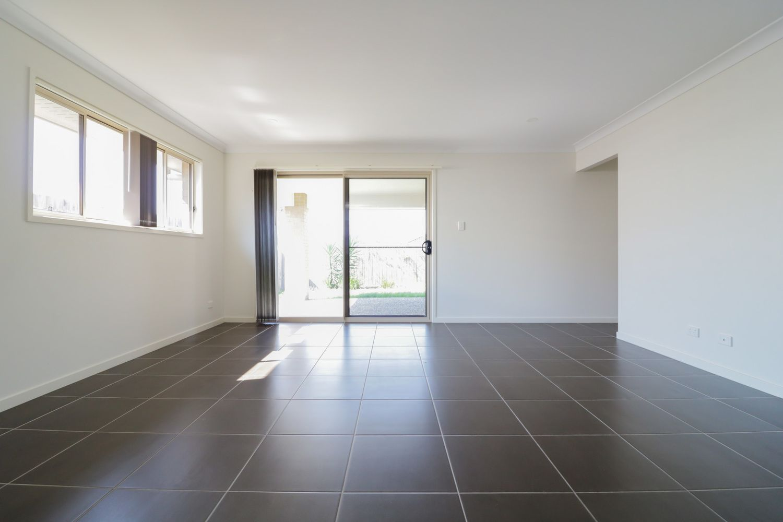 168 Dixon Drive, Pimpama QLD 4209, Image 2