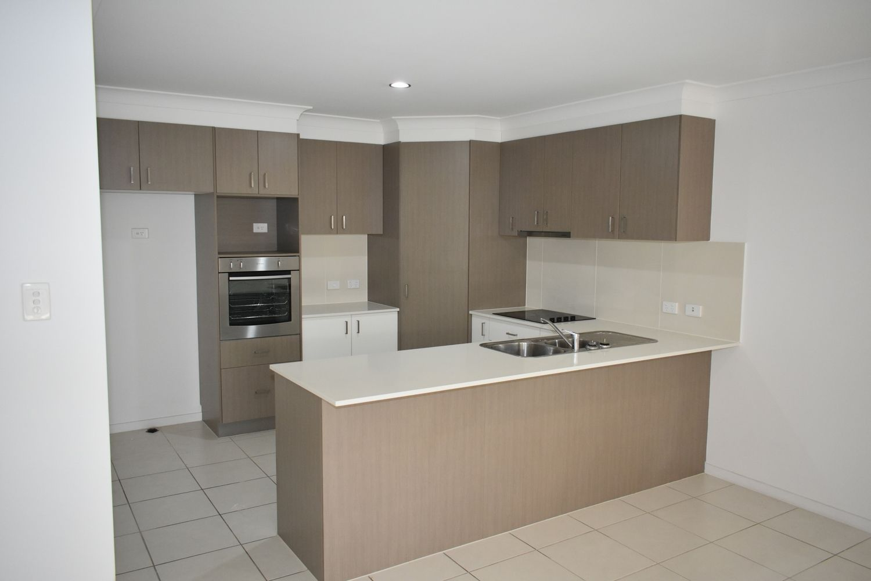 1 & 2/13 Moreton Drive, Rural View QLD 4740, Image 2