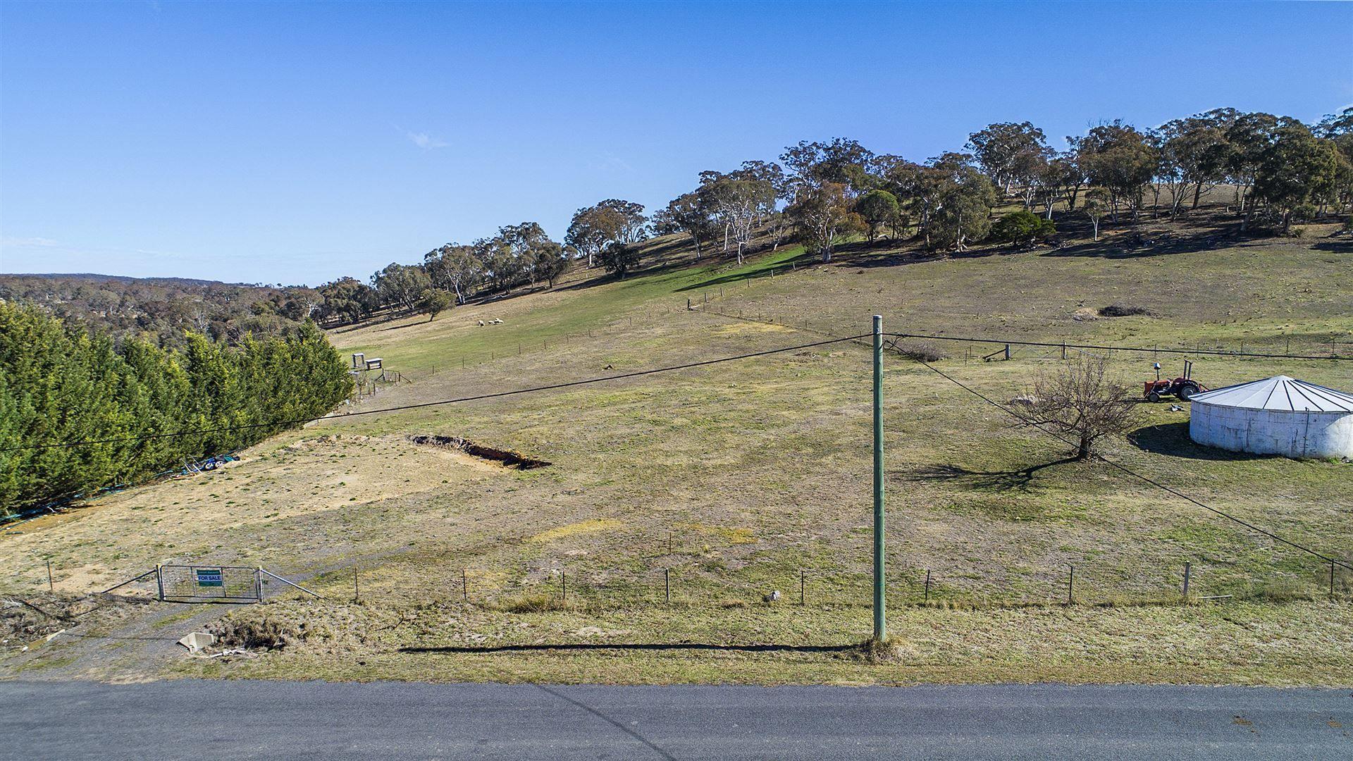 42 Loloma Place, Goulburn NSW 2580, Image 2