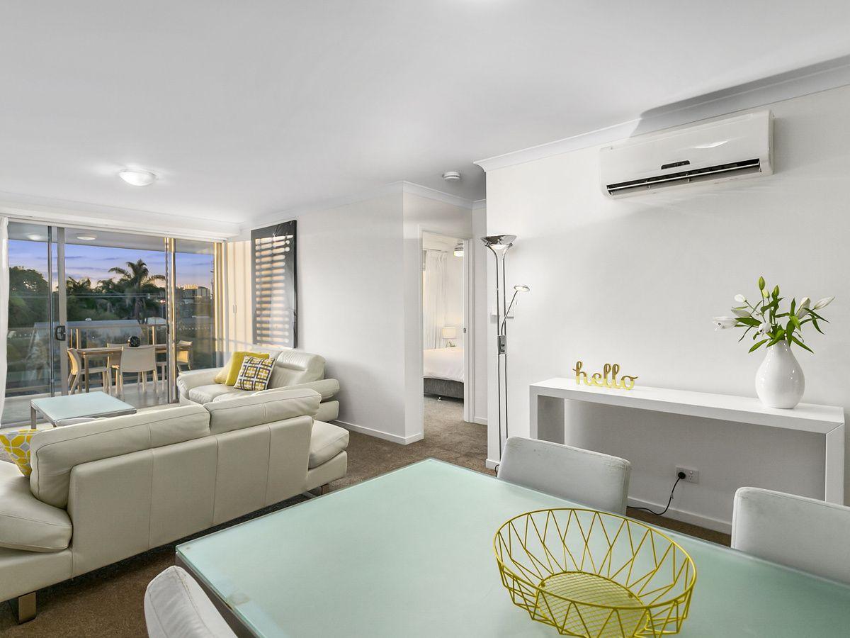 10/28 Carl Street, Woolloongabba QLD 4102, Image 2