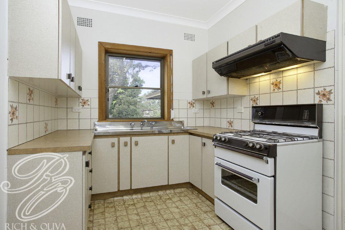 33 Fountain Avenue, Croydon Park NSW 2133, Image 2