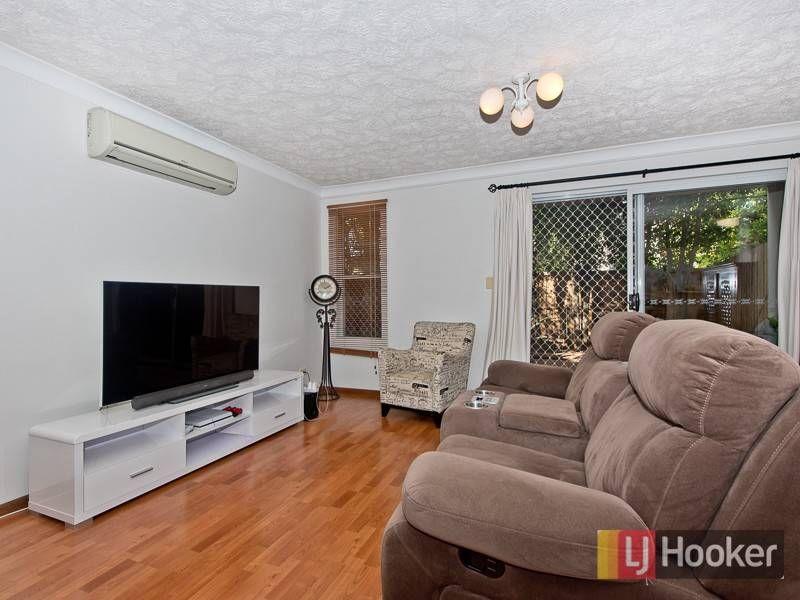 4/2 Halcomb Street, Zillmere QLD 4034, Image 2