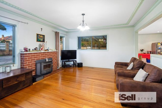 Picture of 1/1232 Heatherton Road, NOBLE PARK VIC 3174