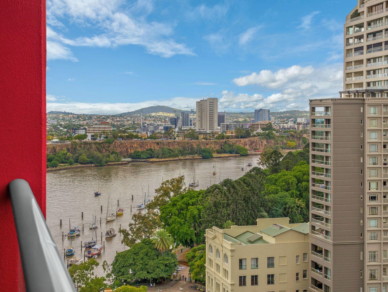 201/26 Felix Street, Brisbane City QLD 4000, Image 2
