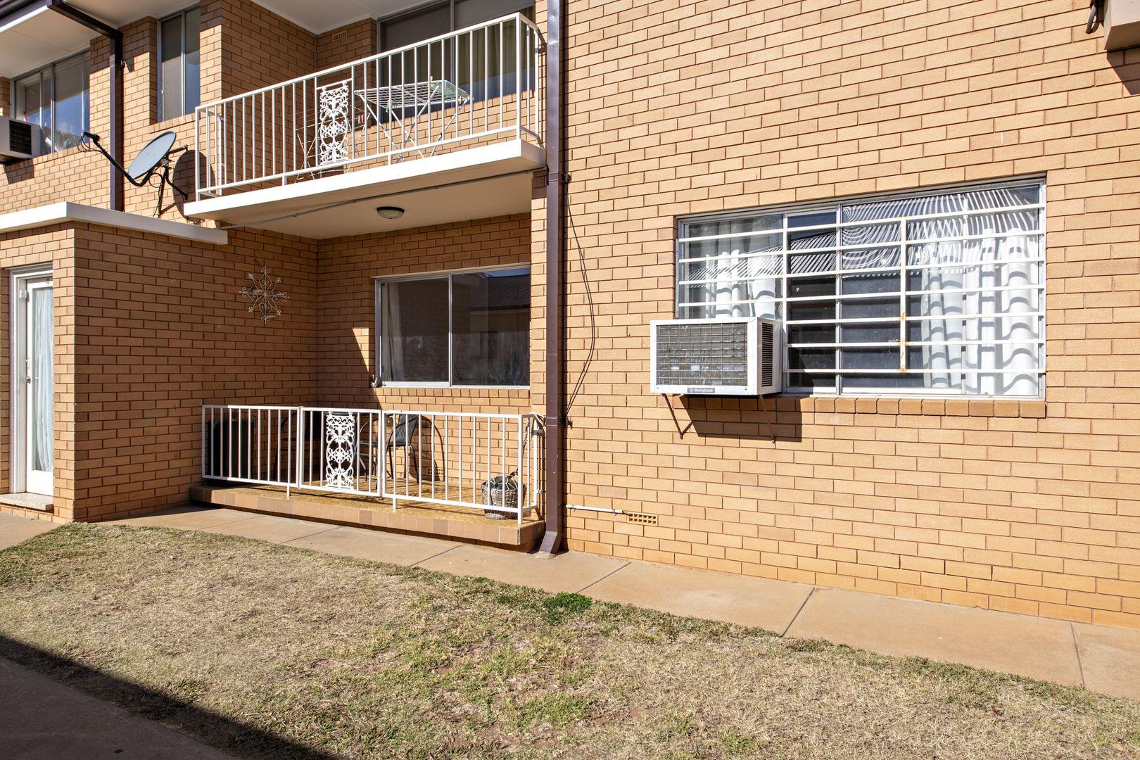 2/10 Smith Street, Dubbo NSW 2830, Image 2