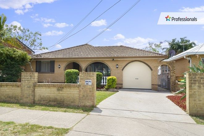 Picture of 13 Demeyrick Avenue, CASULA NSW 2170