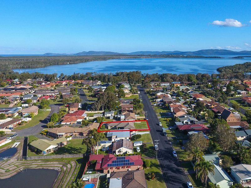 12 Tahiti Avenue, Forster NSW 2428, Image 0
