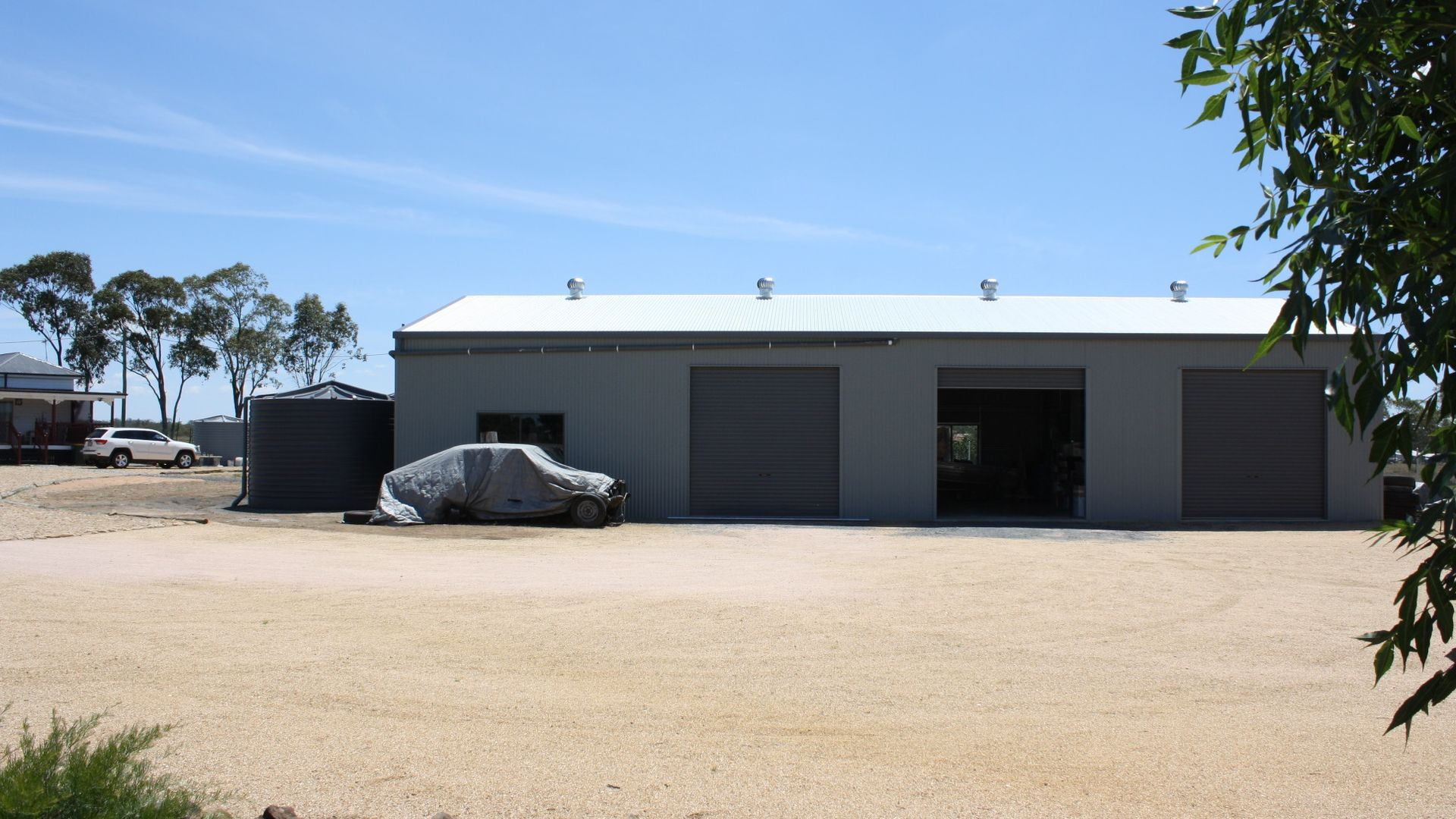 98 Goomburra St, Hendon QLD 4362, Image 2