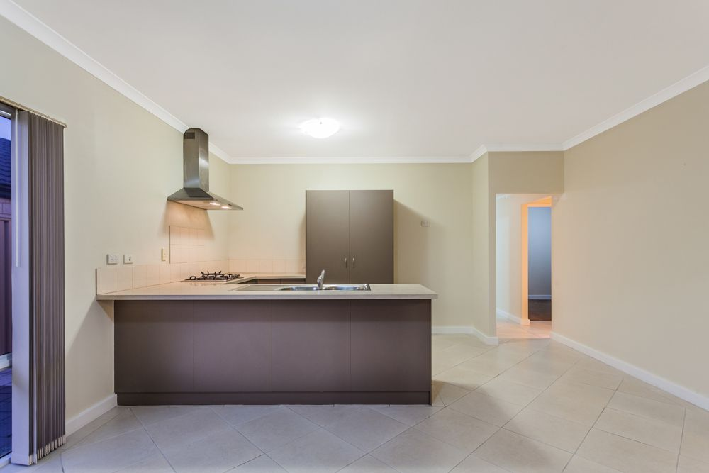 20 Fairlie Road, Canning Vale WA 6155, Image 2