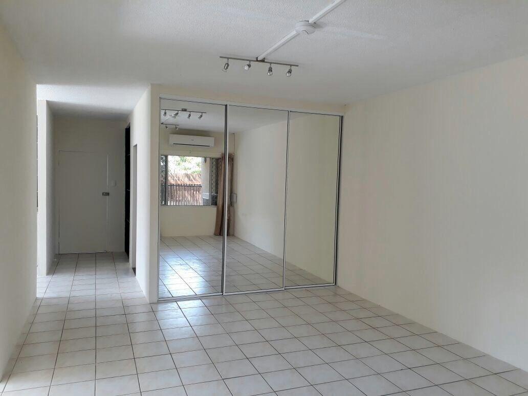1/180 McManus Street, Whitfield QLD 4870, Image 1