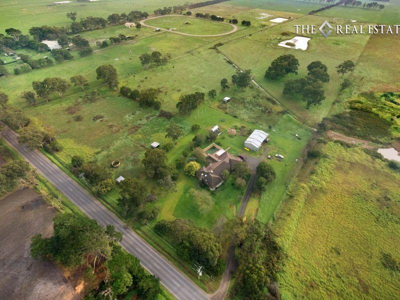 425 Hall Road, Skye VIC 3977, Image 2