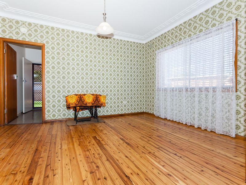 2a Warman Street, Pendle Hill NSW 2145, Image 2