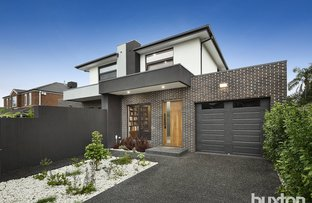 Picture of 8a James Avenue, Highett VIC 3190