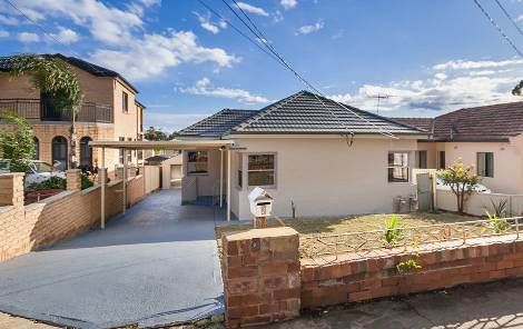 2 Carrisbrook Avenue, Punchbowl NSW 2196, Image 0