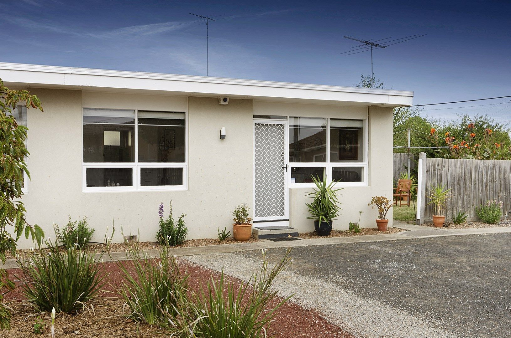 1/2 Martin Street, East Geelong VIC 3219, Image 0