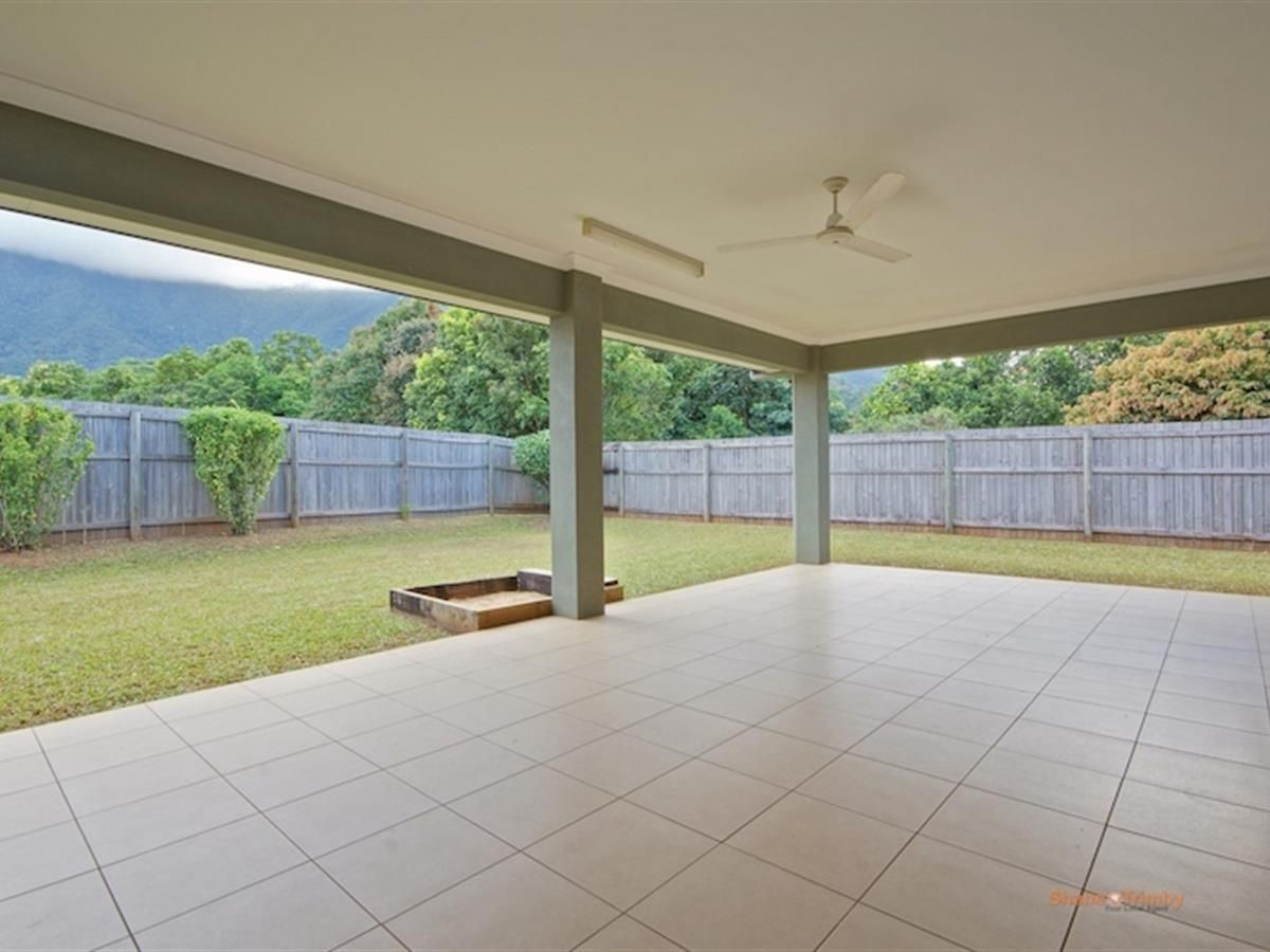 32 Tyrconnell Crescent, Redlynch QLD 4870, Image 1