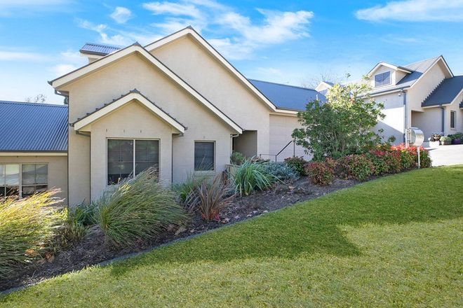 Picture of 2/8 Myrtle Street, BOWRAL NSW 2576