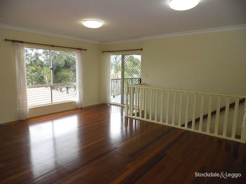 4 Beechwood Court, Caloundra West QLD 4551, Image 2