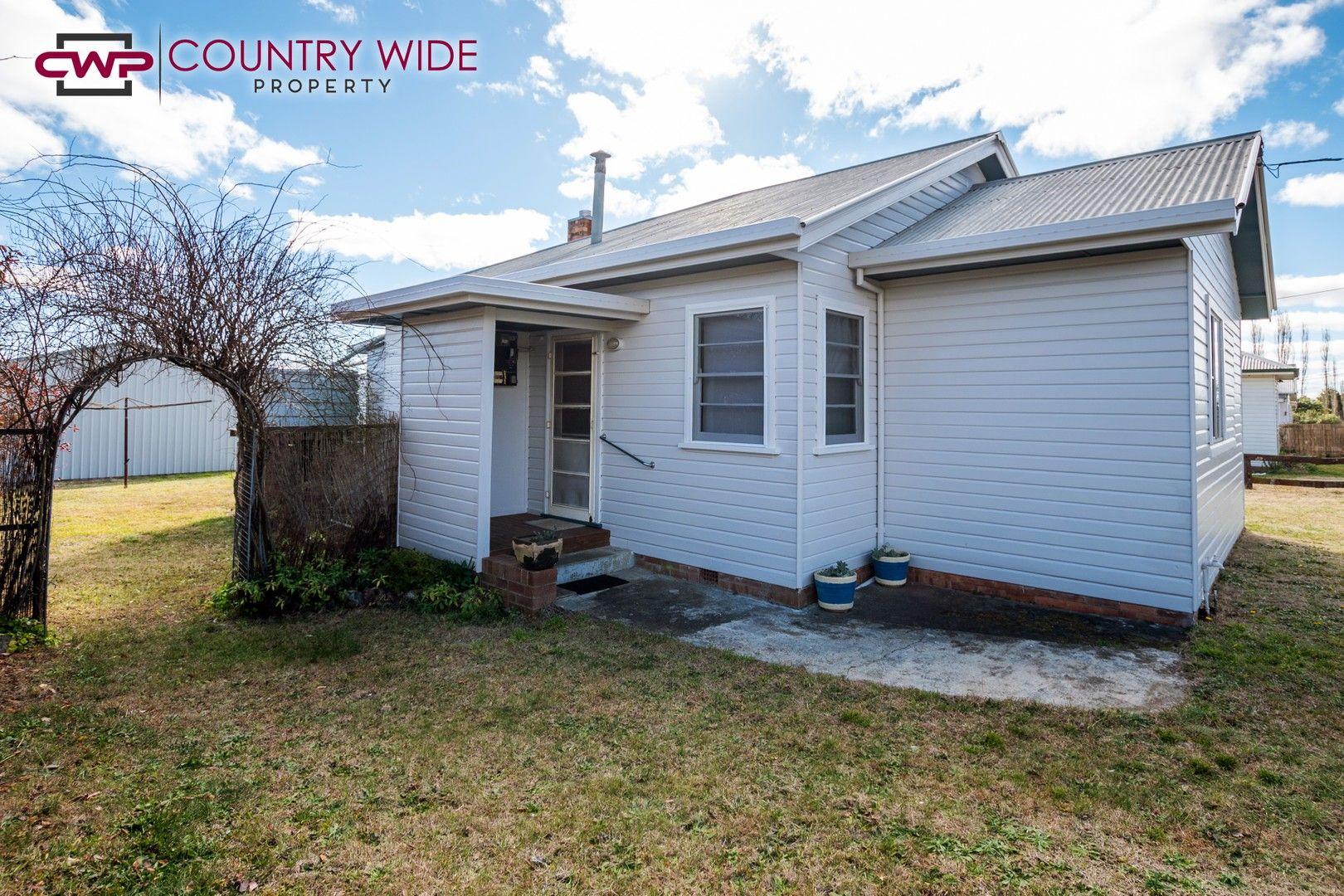 164 Macquarie Street, Glen Innes NSW 2370, Image 0