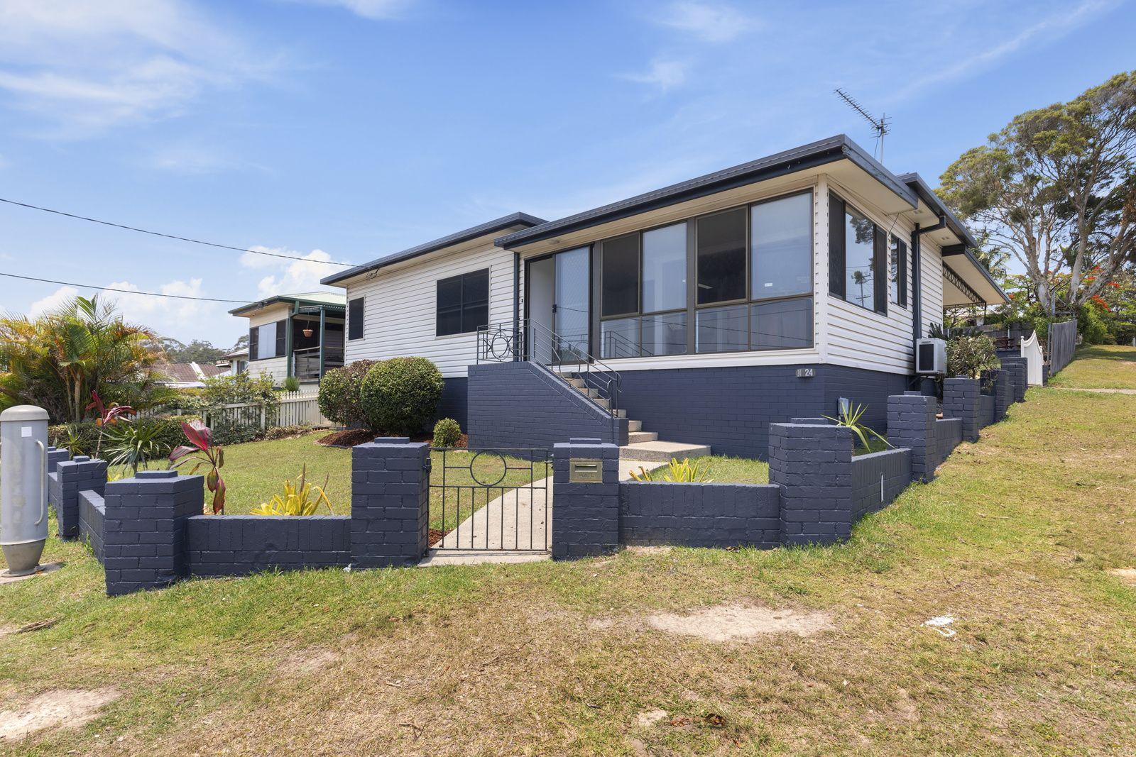 24 Combine Street, Coffs Harbour NSW 2450, Image 0