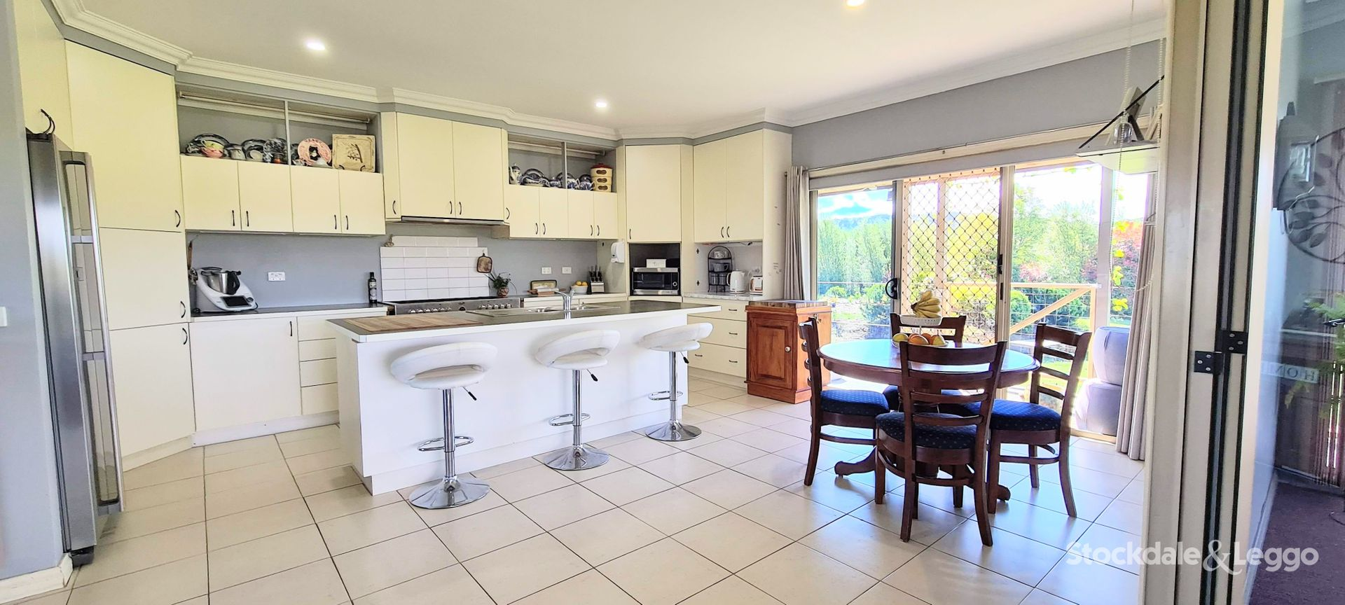 54 Wells Road, Mirboo North VIC 3871, Image 2
