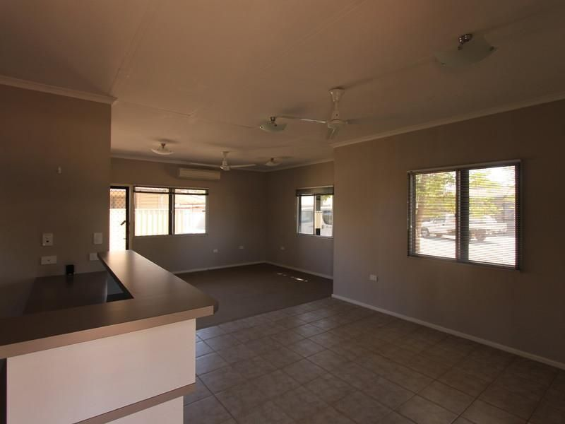 18D Mitchie Crescent, South Hedland WA 6722, Image 2