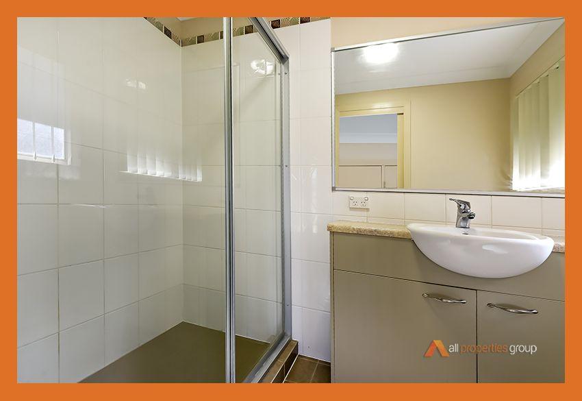 8 Benarkin Close, Waterford QLD 4133, Image 2