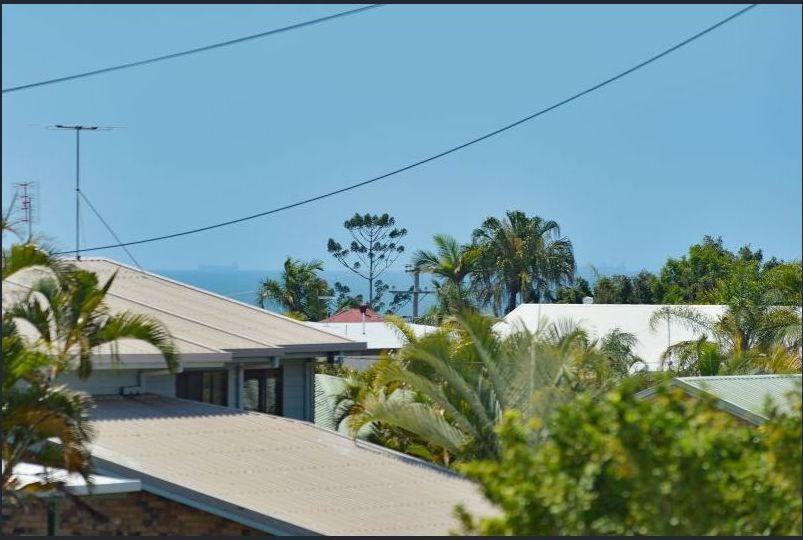69 Booth Avenue, Tannum Sands QLD 4680, Image 1