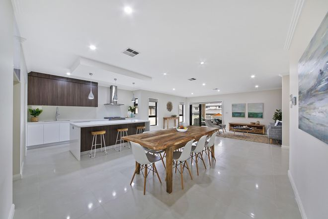 18 Governor Drive, HARRINGTON PARK NSW 2567