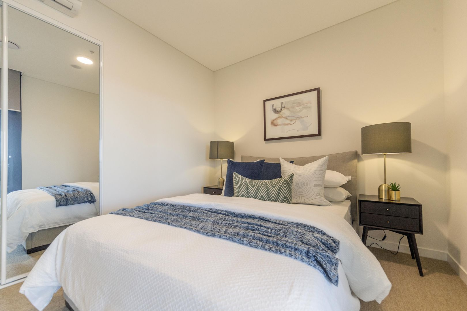1410/17 Wentworth Place, Wentworth Point NSW 2127, Image 2