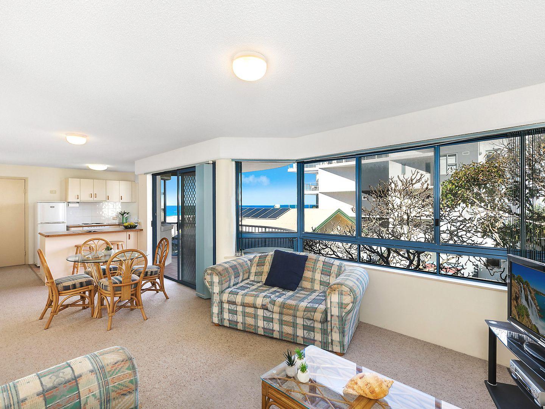 3/12 Orvieto Terrace, Kings Beach QLD 4551, Image 2
