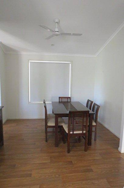 7/47 Gray Street, Emerald QLD 4720, Image 2