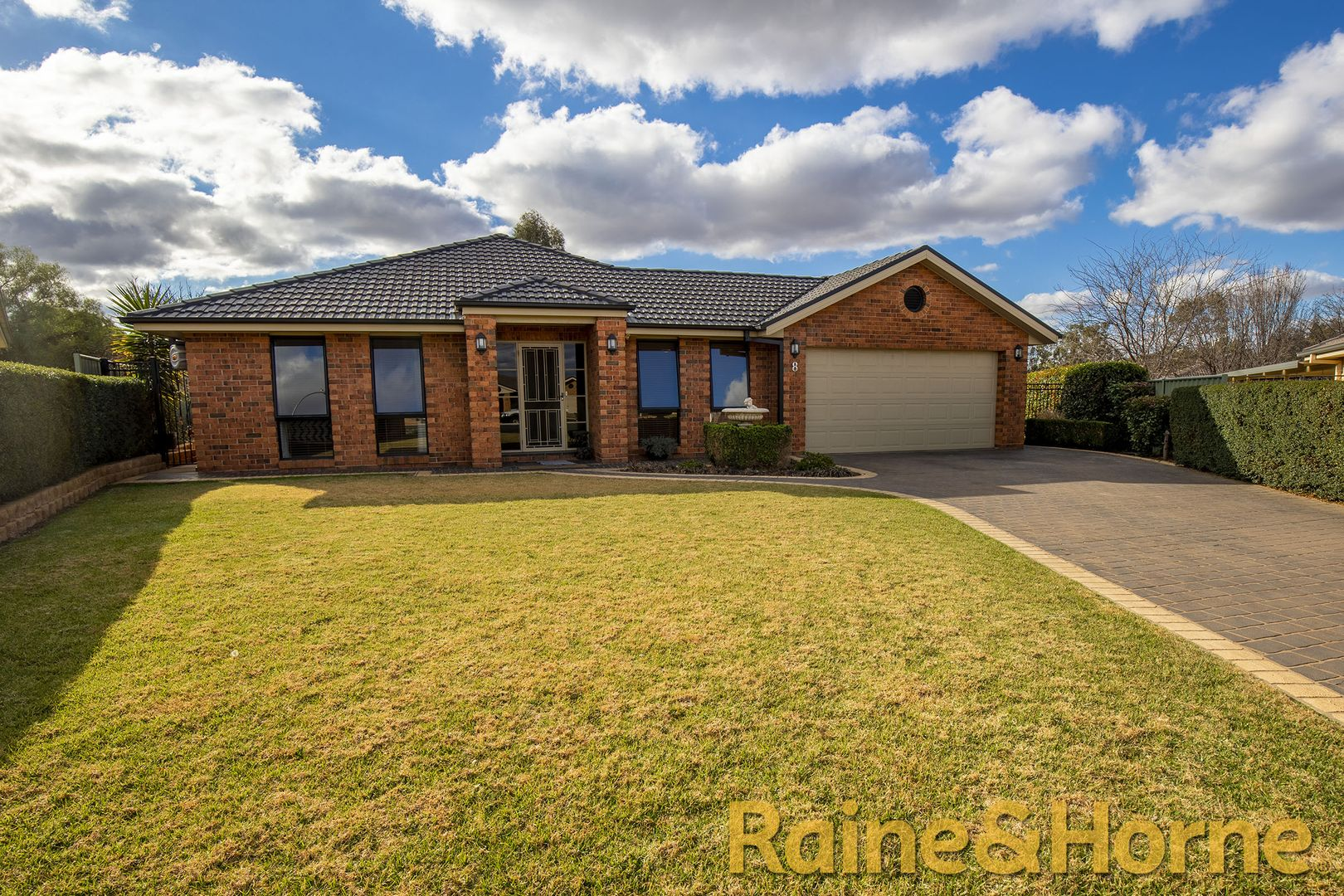 8 Hastings Court, Dubbo NSW 2830, Image 0