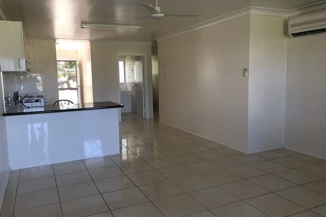 Picture of 2/26 Sixth Avenue, HOME HILL QLD 4806