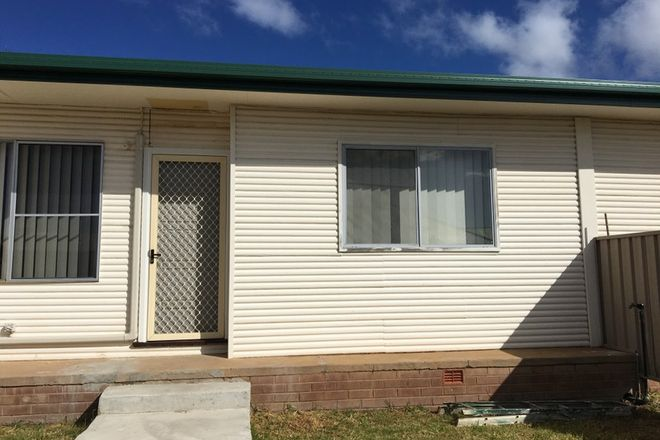 Picture of 2/4 Little Underwood Lane, FORBES NSW 2871