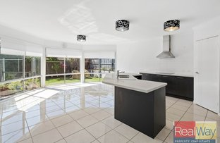 17 Pebbly Creek Crescent, Little Mountain QLD 4551