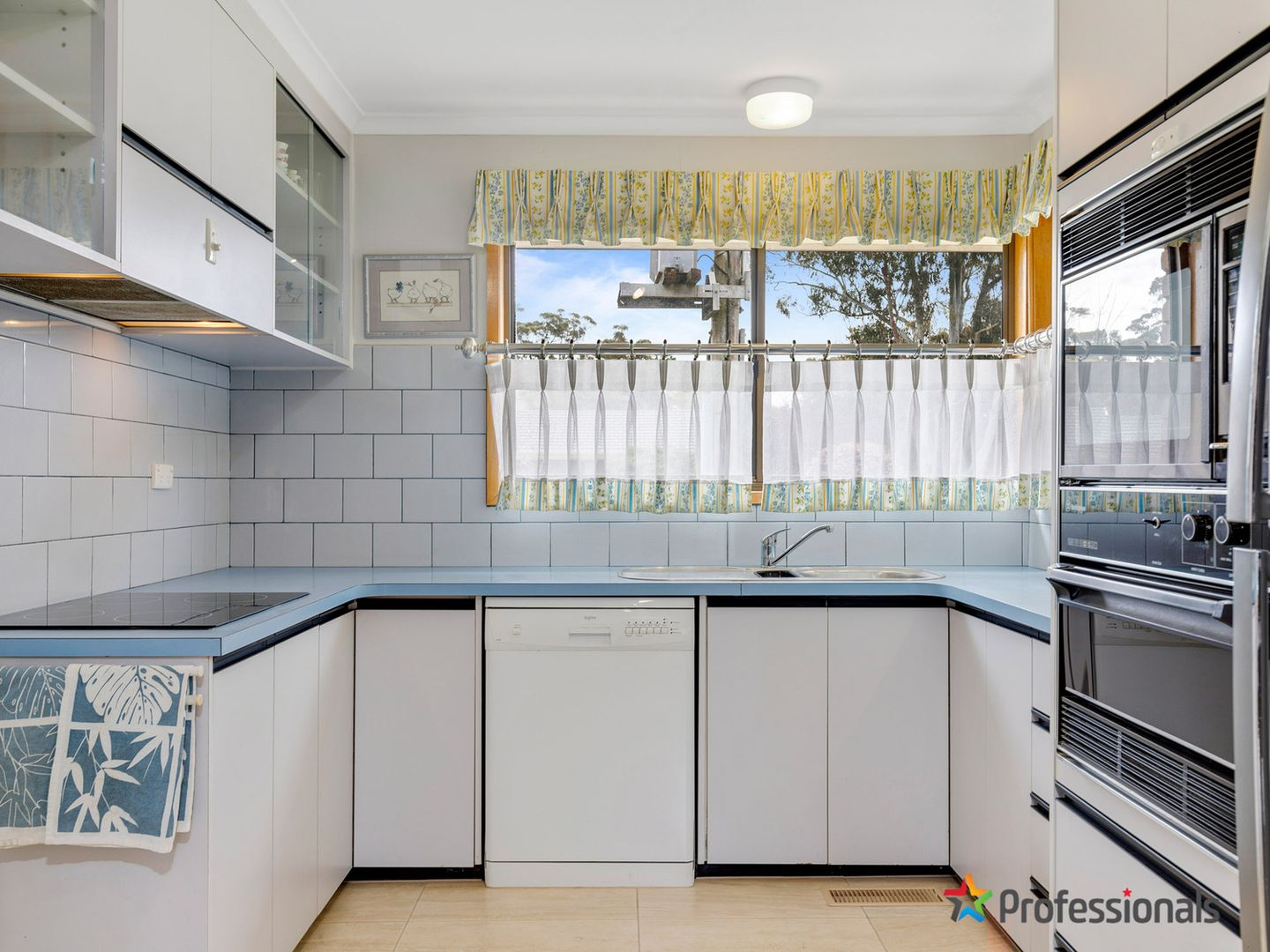 1/1 Glenvale Road, Mount Clear VIC 3350, Image 2