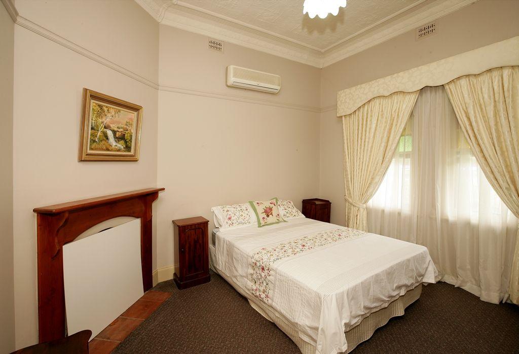 66 The Esplanade, Wagga Wagga NSW 2650, Image 1