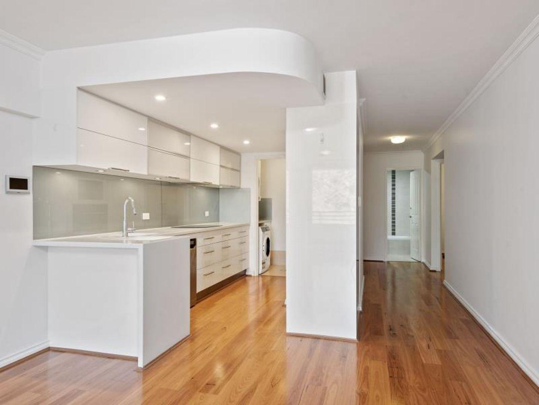 15/134 Mounts Bay Road, Perth WA 6000, Image 1