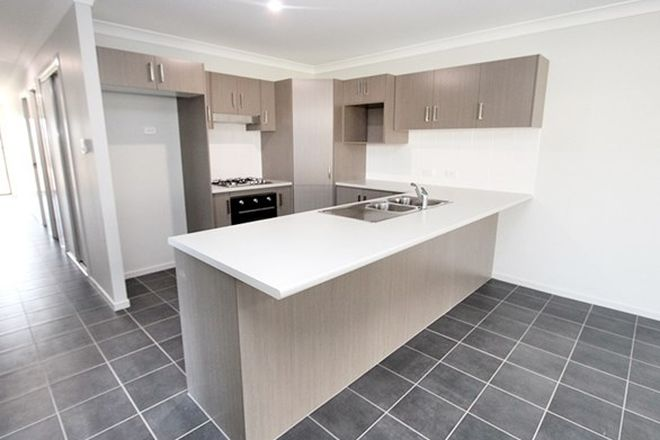 Picture of 1/28 Morris Crescent, GOBBAGOMBALIN NSW 2650