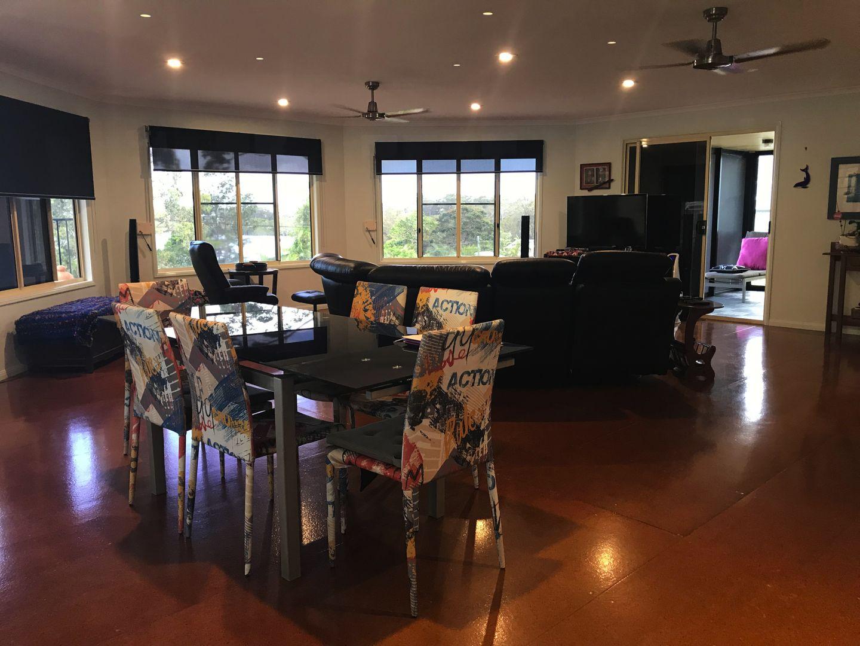 56 Beelong St, Macleay Island QLD 4184, Image 2